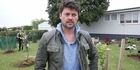 Karl Urban teams up with KidsCan at Auckland school