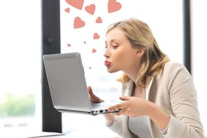 Why we all love online dating