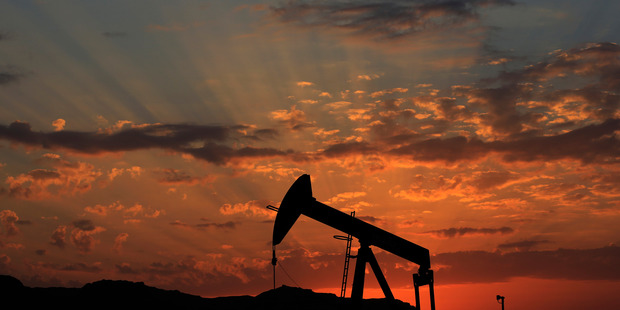 The United States will begin exporting oil after repealing a 40-year ban on US crude exports to countries outside Canada. Photo / AP