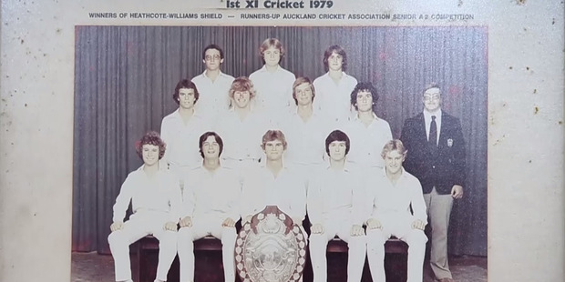 Martin Crowe (front and centre) in a team photograph of the Auckland Grammar School first XI cricket team from 1979. Photo / Jason Oxenham