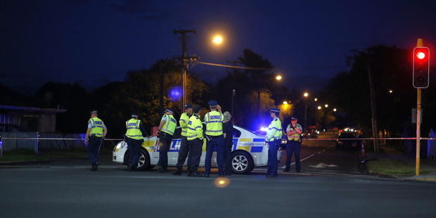 Police had a large area around Huia Road, East Tamaki blocked off last night. Photo / Dean Purcell