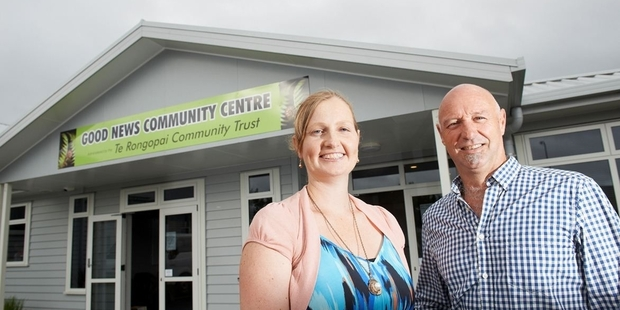 Susanne Rowse (Te Rongopai Community Trust) and David Cowley (WEL Energy Trust)