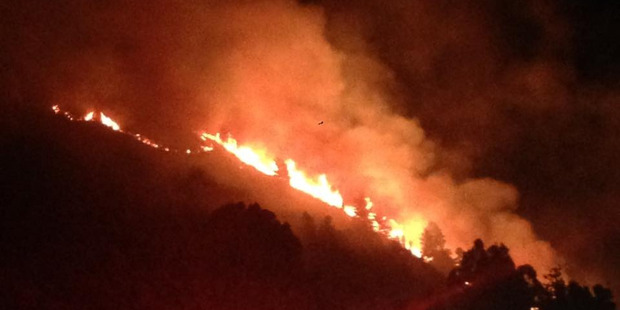 Seven homes have been evacuated in Hanmer Springs due to flare-ups from the bush fire in the area.