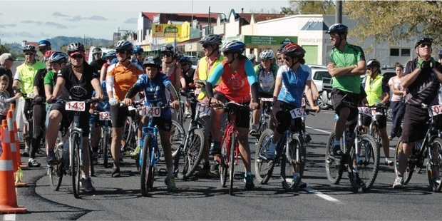 AND THEY'RE OFF: The start line last year at the Raetihi Gutbuster event.PHOTO/SUPPLIED