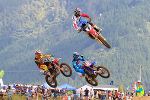 Cody Cooper (1) leads Australian Dean Ferris (D) and Tauranga's Roydon White (15) during MX1 action at Rotorua on Sunday. Photo / Greg Henderson Photography