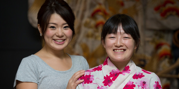 Mai Nishiwaki (left), 25, and Lena Igarashi, 21, find New Zealanders to be very nice. Photo / Nick Reed
