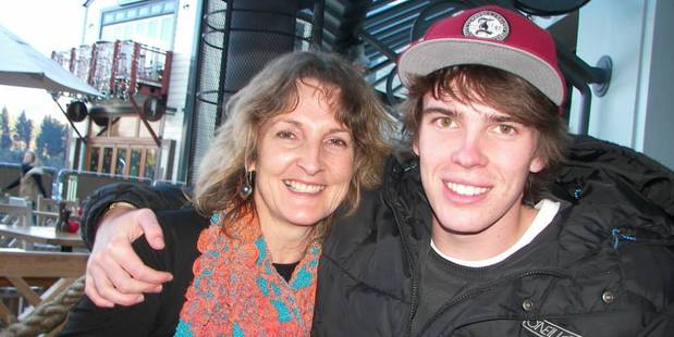 Loading 21-year-old long boarder Tristan Hunter with his mum Kim Hunter. Photo / Supplied