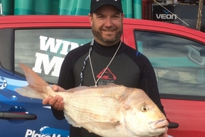 James Benge with the 8.165kg snapper that won him $32,000 in the 90 Mile Snapper Bonanza on Saturday.