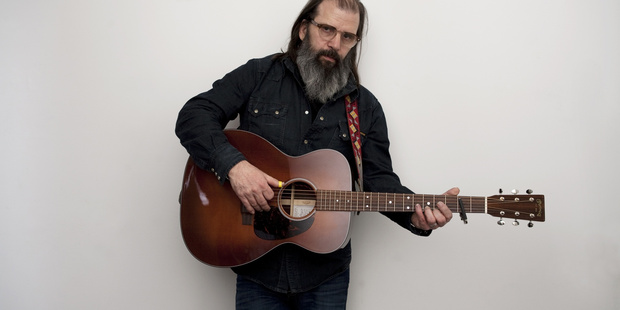 Steve Earle and his band The Dukes put the focus on the blues at the Tuning Fork.