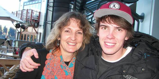 21-year-old longboarder Tristan Hunter pictured with his mum Kim Hunter. Photo / Supplied