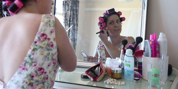 Loading Miss Lola Fondant putting on her make-up. Photo / Greg Bowker