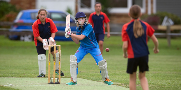 Eve Simmonds on attack in her unbeaten innings for Tauranga Intermediate on Friday. Photo/Andrew Warner