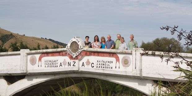 Friends of ANZAC Bridge Committee 2016. PHOTO/EVIE DEWES
