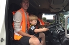 A Tuakau toddler has met the rubbish truck driver who inspired a heartfelt open letter from his dad.