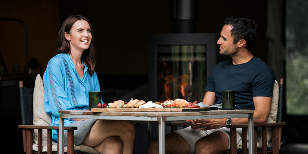Storm and Jordan enjoy a romantic meal together on The Bachelor NZ.