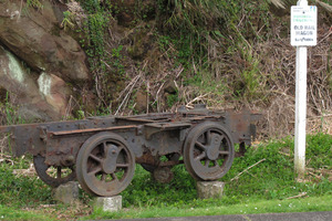 A sign claims this Kohukohu relic is an old railway wagon. The truth, however, is far more interesting. PHOTO / PETER DE GRAAF