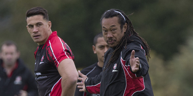 Sonny Bill Williams talks with Counties coach Tana Umaga during a training session in 2014. Photo / Brett Phibbs