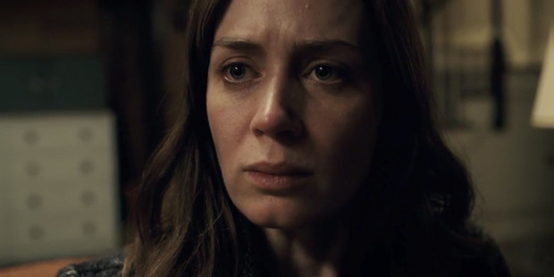 Loading Emily Blunt in a scene from the movie The Girl On The Train.