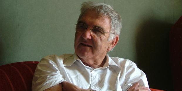The late literacy activist Graham Crawshaw.