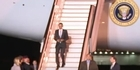 Watch: Obama arrives in the UK