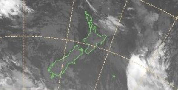 Temperatures in the North Island would remain mild in the early 20s. Photo / MetService