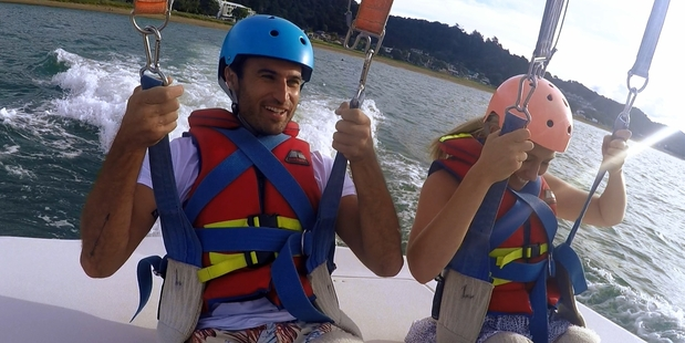 Jordan and Kate enjoy some water sports during an adventurous date in the Bay of Islands.