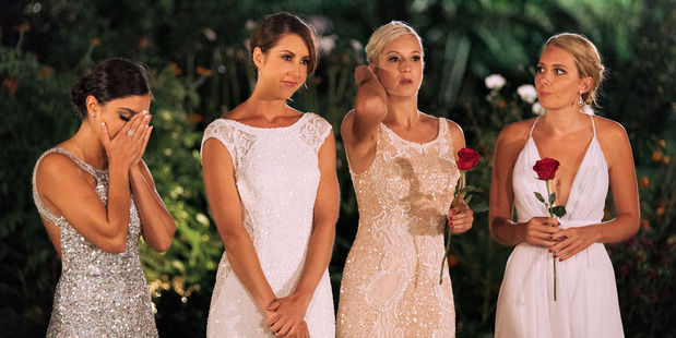 Naz and Gab wait for Jordan to make his decision, as Fleur and Erin hold their roses.