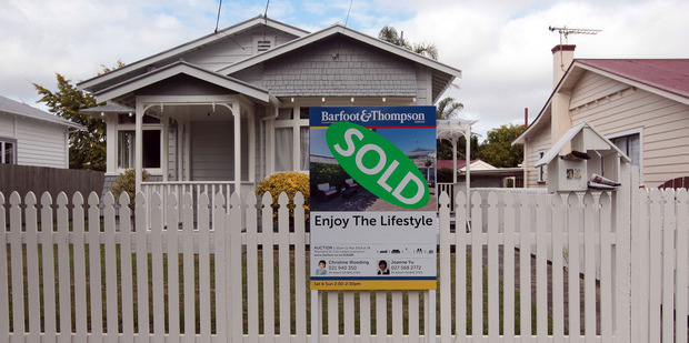 The boss of a new business offering a $500 entry to the property ladder via shares has defended his scheme. Photo / NZ Herald