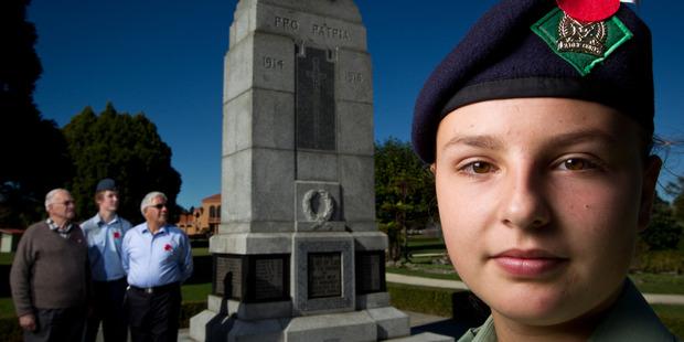 Veteran Alan Bines, Leading Air Cadet Antares Wilson Ball, 17, -29Squadron Air Training Corps-Rotorua RSA president William McDonald and Lance Corporal Sophie O'Neill, 14.  PHOTO/STEPHEN PARKER