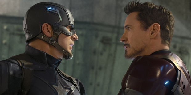 Loading Civil War, based on a mid-noughties comic series, feels like it's emerged from the rubble of last year's mediocre Avengers: Age of Ultron.