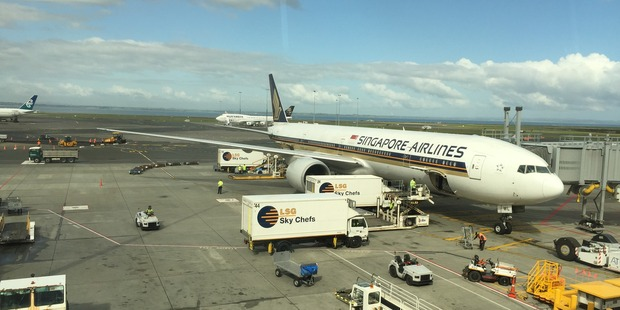 Loading Singapore Airlines 777-300 in Auckland today. Photo / Grant Bradley