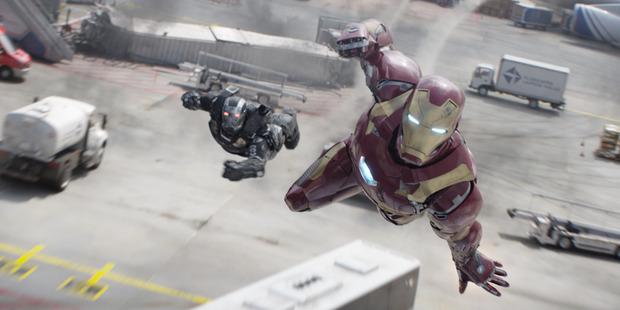 Marvel's Captain America: Civil War geatures War Machine/James Rhodes (Don Cheadle) and Iron Man/Tony Stark (Robert Downey Jr.).