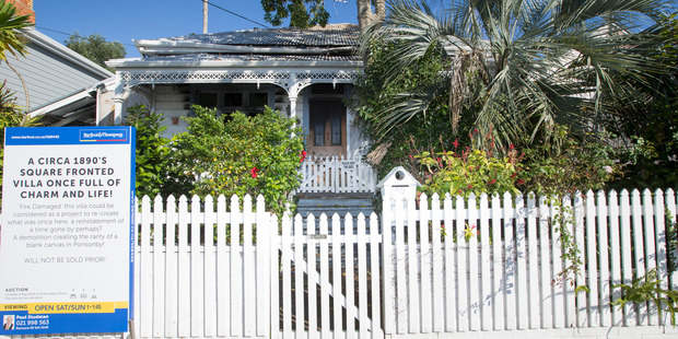 The 70 Brown St villa in Ponsonby has sold for $1.55 million. Photo / Nick Reed