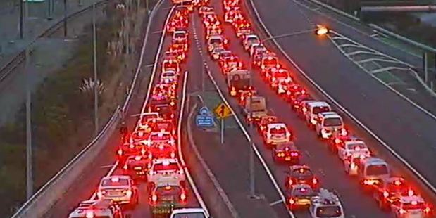 Traffic on  busy State Highway 2 from Hutt Valley is crawling as travel times triple. Photo / NZTA