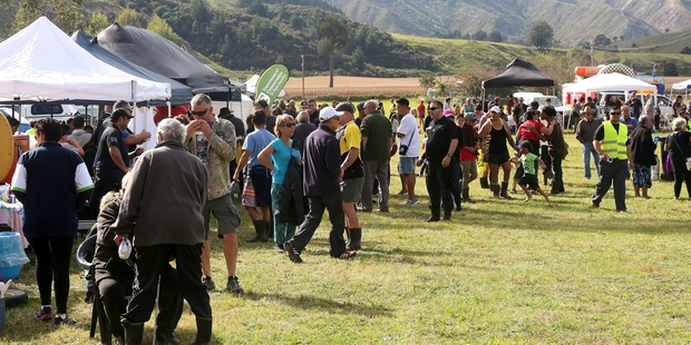 GREAT SUCCESS: An estimated 1000 people went to the Whanganui River Hunting and Wild Food Festival. PHOTO/ BEVAN CONLEY