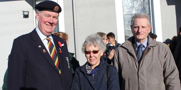 Roly Ellis (left), president of the Dannevirke and Districts RSA, with Daisy and Norman Davies from Northumberland in the United Kingdom, had a surprise meeting on Anzac Day. Mr Ellis and Mr Davies both served in The 15th/19th The King's Royal Hussars armoured regiment, but had never met before. Photo / Christine McKay
