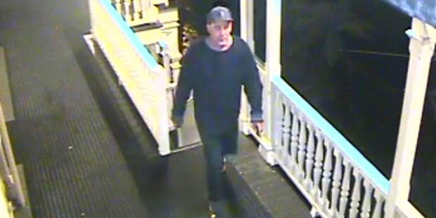 Lizzie Marvelly posted this image of a man, who the police have confirmed they wish to speak to in connection with a theft from Princes Gate Hotel. PHOTO/SUPPLIED