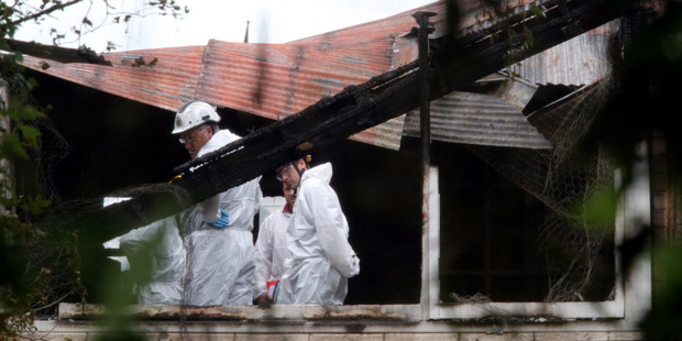 Investigators are working to determine the cause of a fatal fire in Marton earlier this morning. Photo/ Stuart Munro