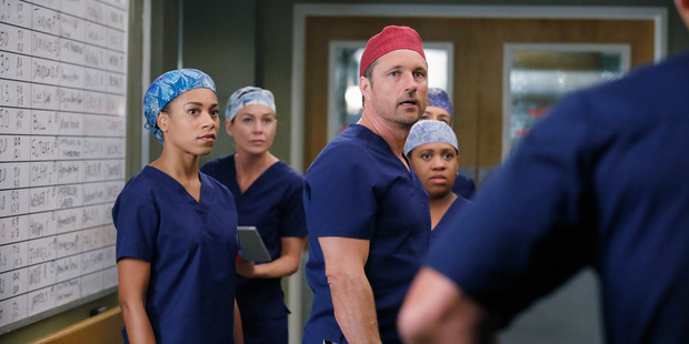 Martin Henderson returns to the hospital set in Grey's Anatomy.