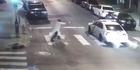Video shows Philadelphia cop shooting