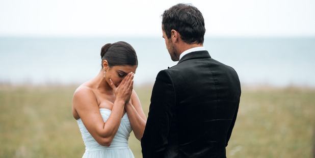 Jordan breaks the bad news to Naz in the finale of The Bachelor NZ.
