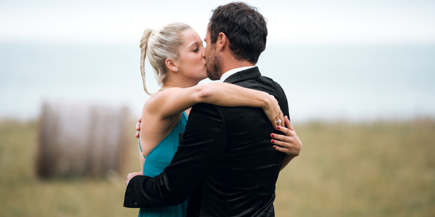 The Bachelor Jordan Mauger accepts Fleur Verhoeven in the final episode of the Bachelor.