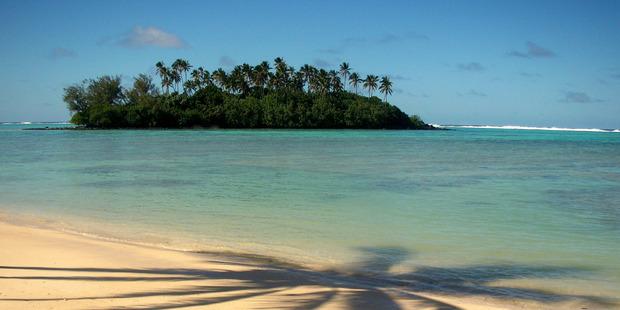 Muri beach Rarotonga.