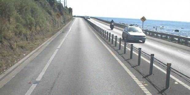 Labour MP Phil Twyford says there is more than enough evidence that wire median barriers are an unnecessary hazard. Photo / NZ Transport Agency