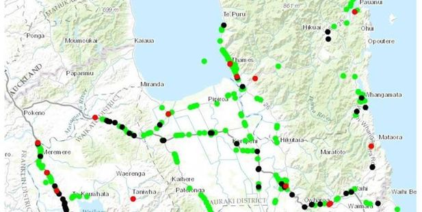 The green dots on the map show stops, black dots are complaints, and red dots crashes.