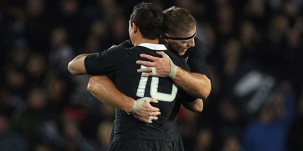 Brad Thorn embraces Dan Carter after winning a Bledisloe Cup match. Photo / Getty