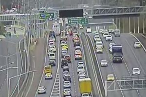 Heavy citybound traffic on the Northern Motorway this morning. Photo / NZTA