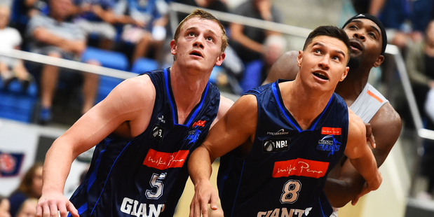 Giants player Finn Delany and Jarrod Kenny playing for the Nelson Giants. Photo / Photosport