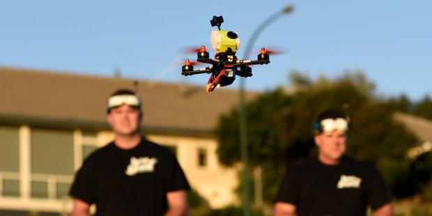 Tauranga drone racers Jason Seaward, left, and Gary Hawkins. Photo/George Novak
