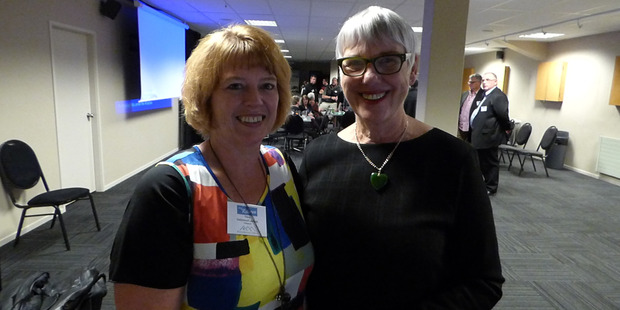 Fiona Suurenbroek,  chairwoman of the Rotorua Association of Motels, with Rotorua mayor Steve Chadwick, at the website launch.
